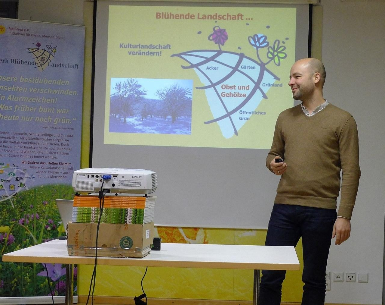 Dr. Matthias Wucherer beim NBL-Vortrag